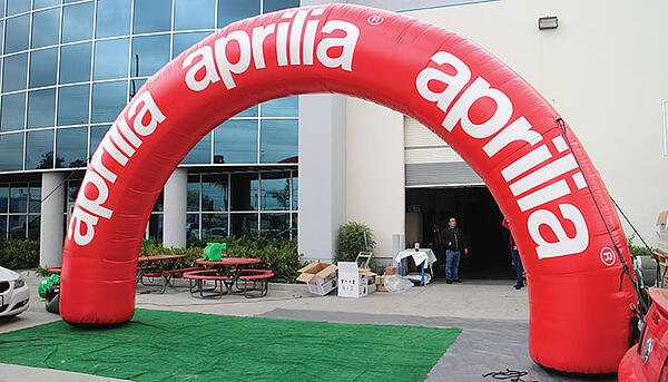 Inflatable Arches - Entrance archways for 5k races and events.