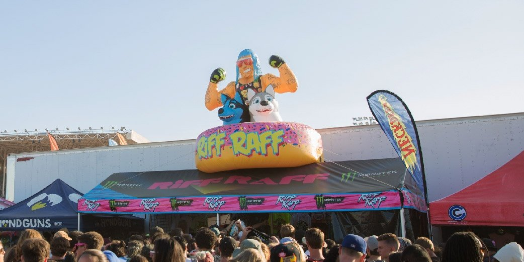 Vans Warped Tour Riff Raff Frame Tent with Inflatable