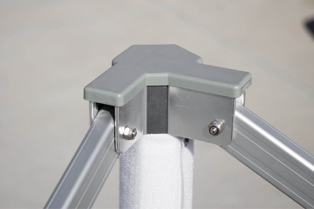 gorilla max frame- support corner close-up