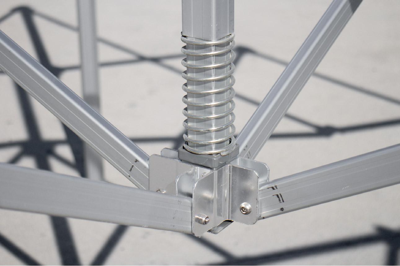 gorilla max frame- metal center mast pole