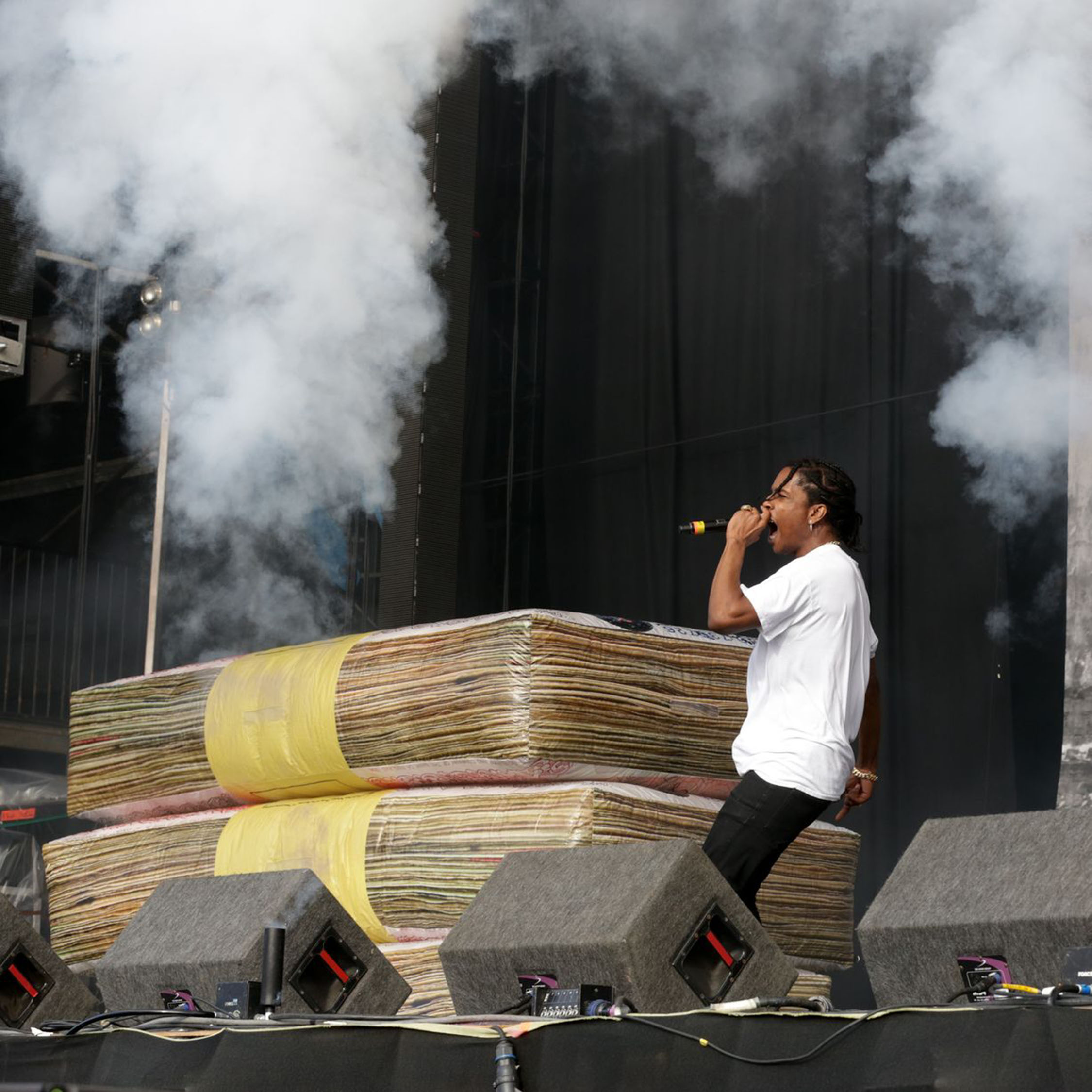 money stacks inflatable stage prop A$AP Rocky