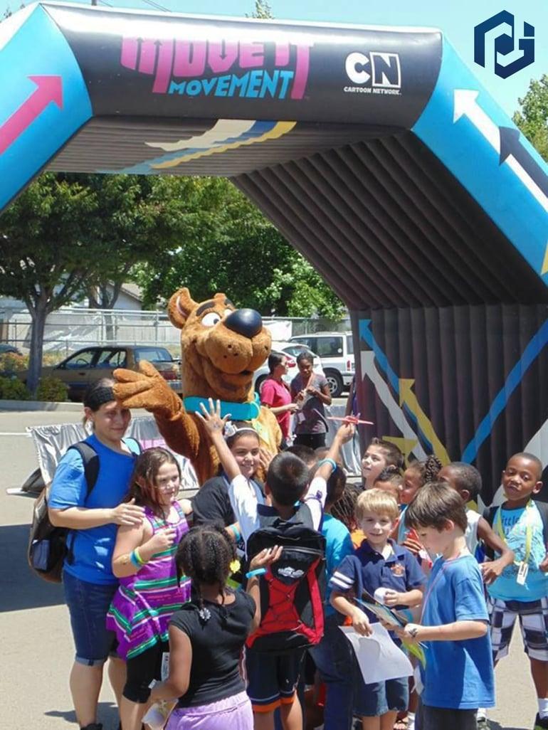 marketing archway with children