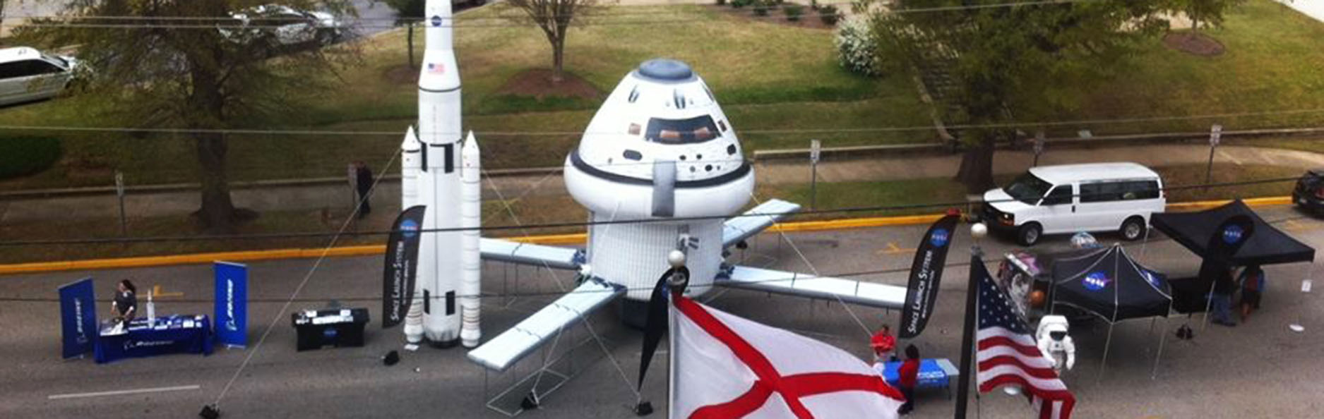custom-inflatable-spacecraft-street-event.jpg