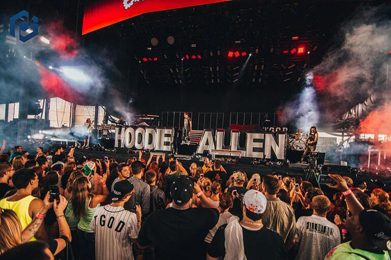 custom inflatable letters for Hoodie Allen with crowd