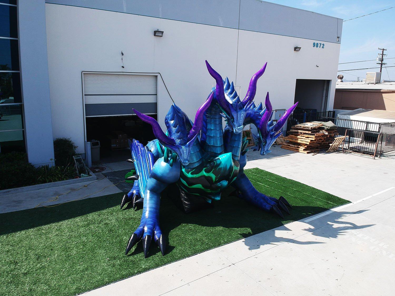 custom-inflatable-dragon-angle