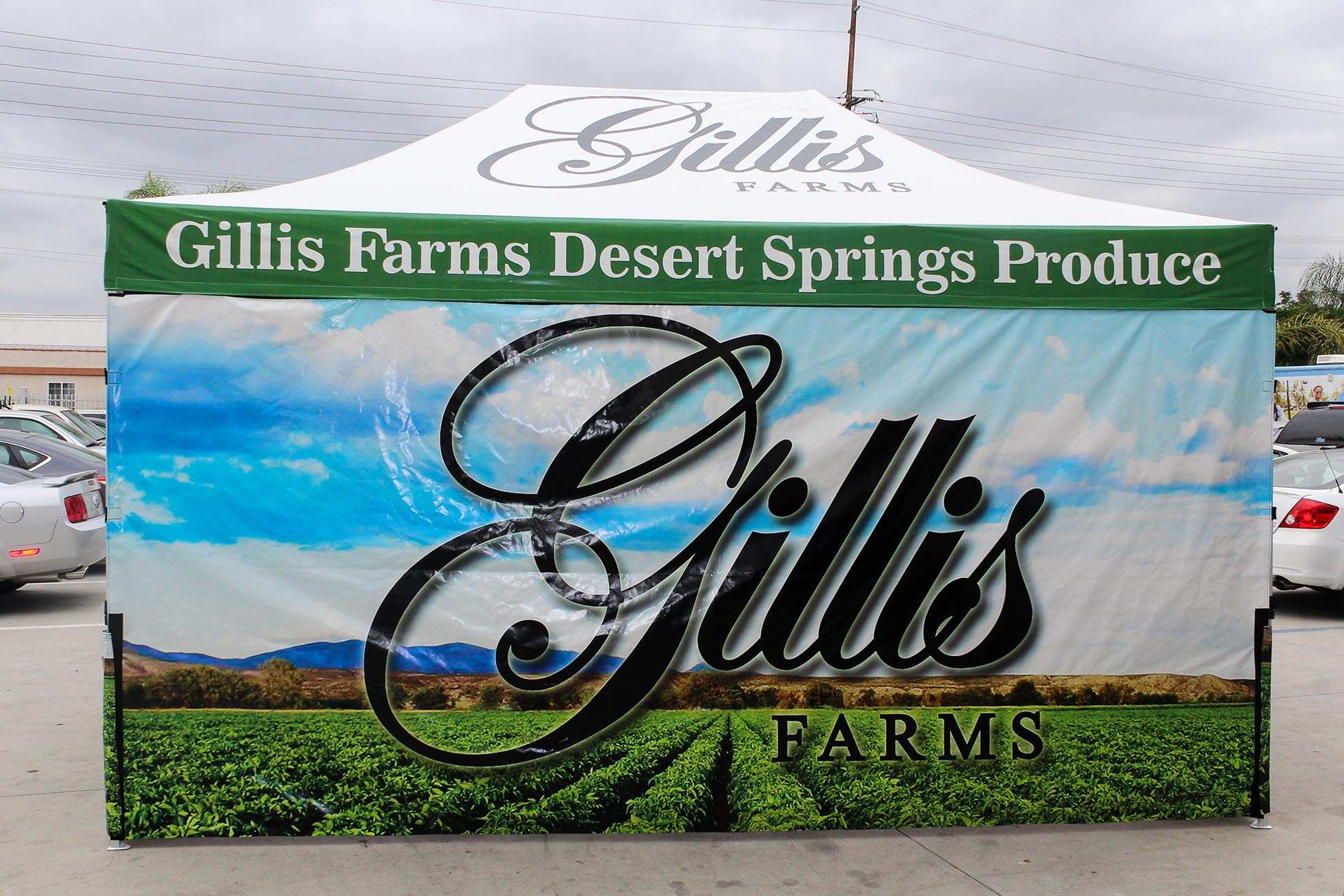 gillis-farms-tent-with-walls