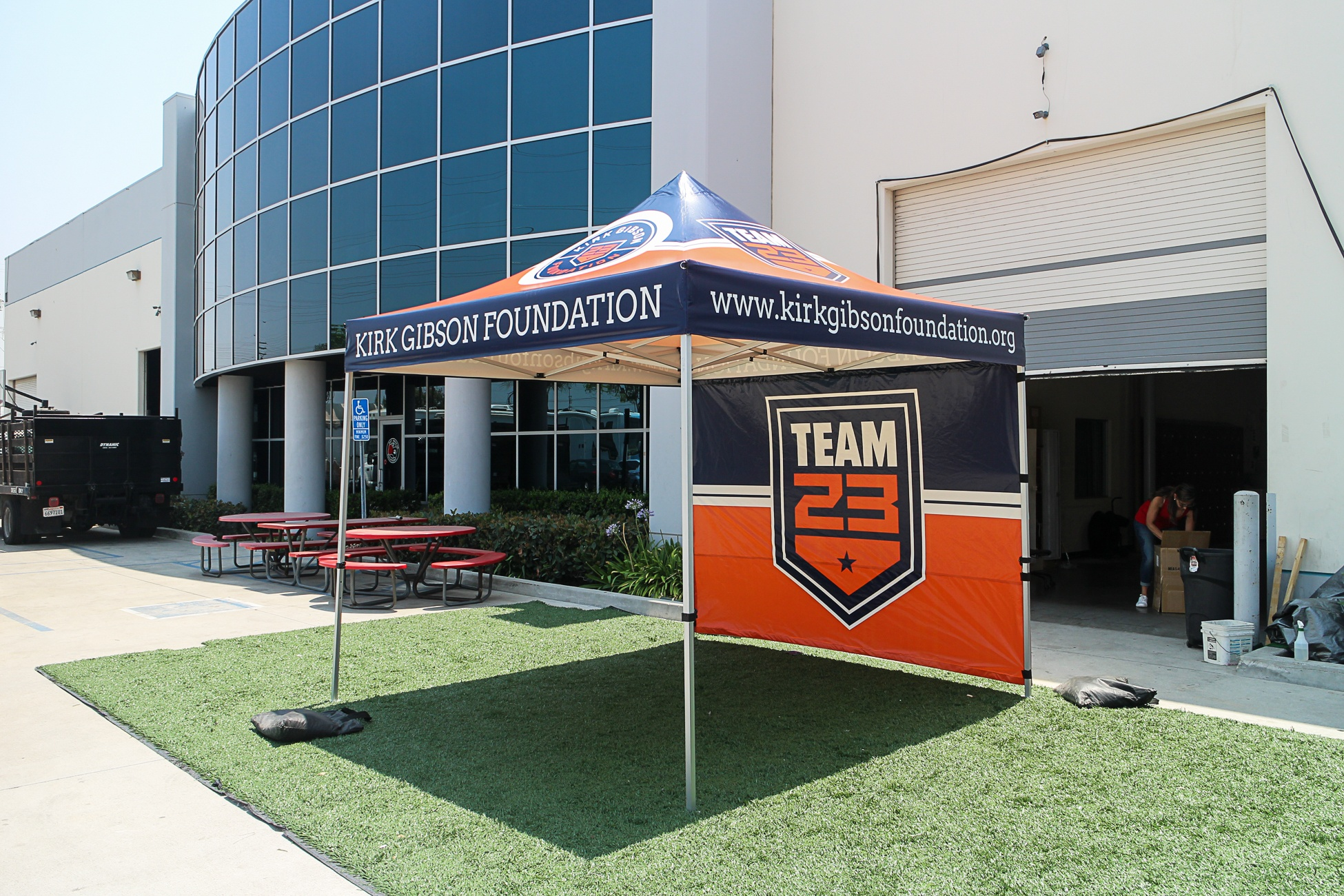 10x10-custom-canopy-tent-for-kirk-gibson-foundation