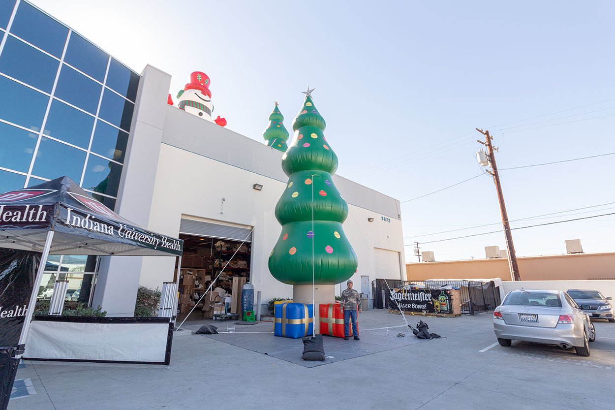 christmas-tree-inflatable.jpg