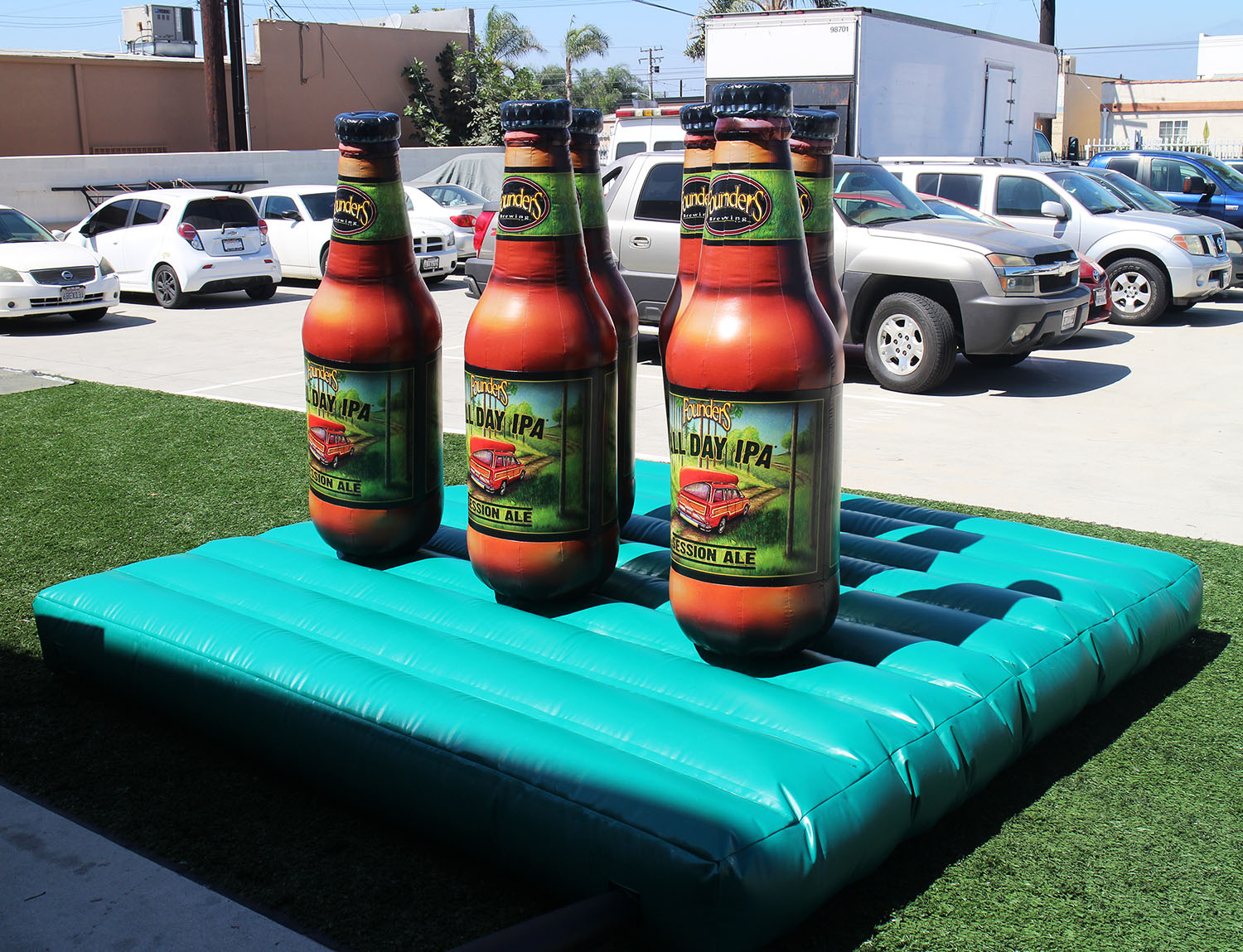 founders-beer-bottles-ring-toss-game-interactive