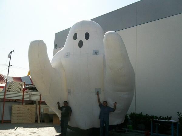 Inflatable-ghost-next-to-warehouse