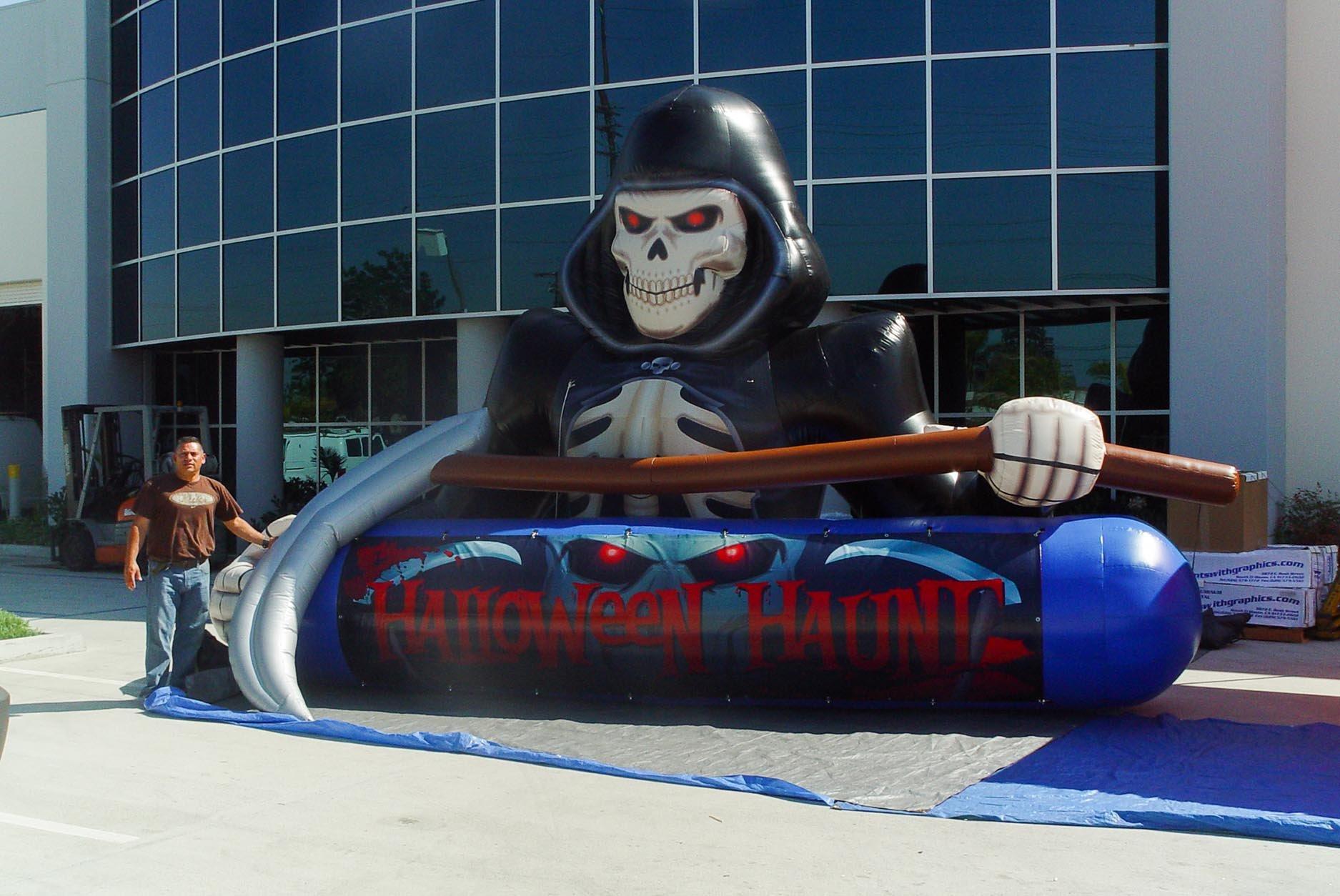 large-20-foot-grim-reaper