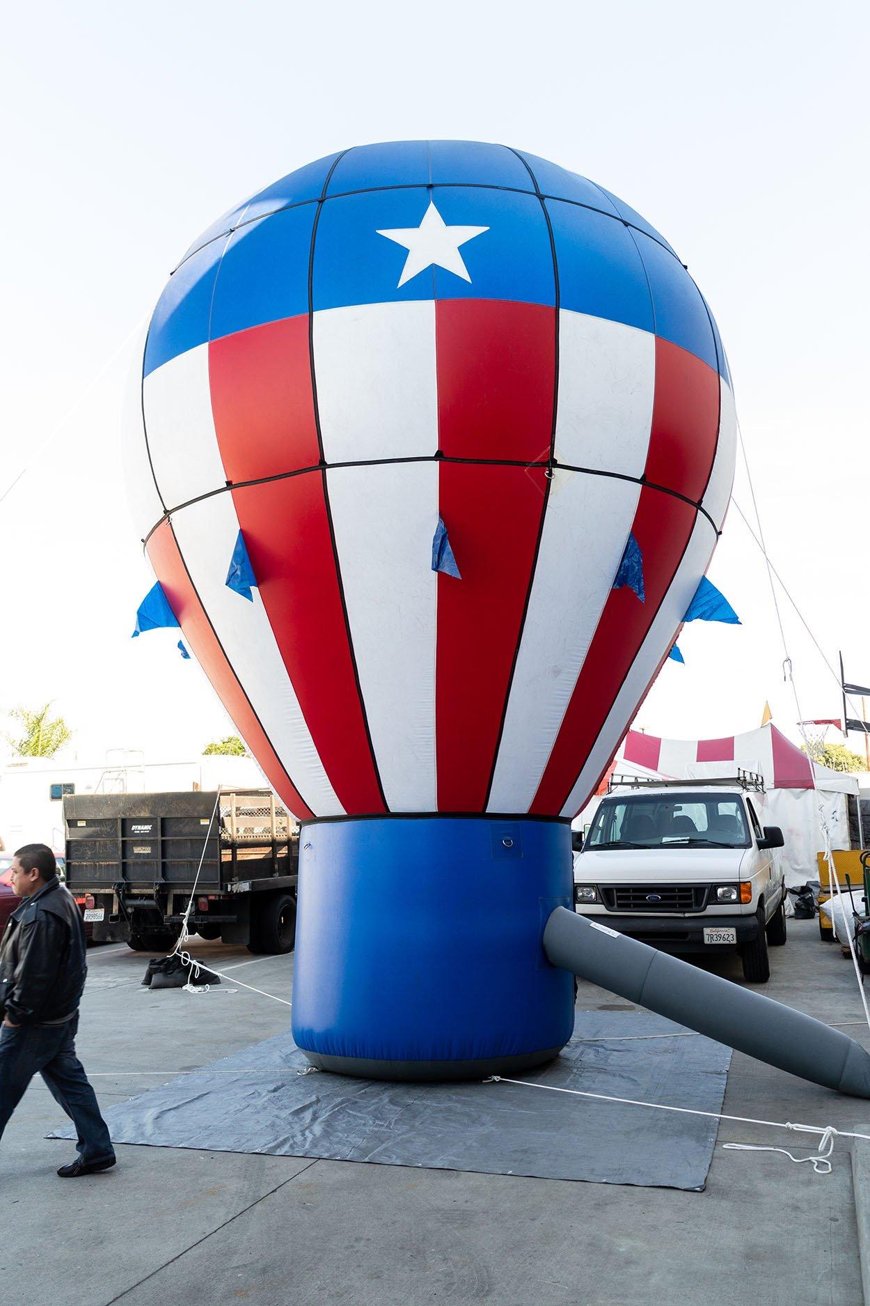 hot-air-balloon-RWB-inflatable