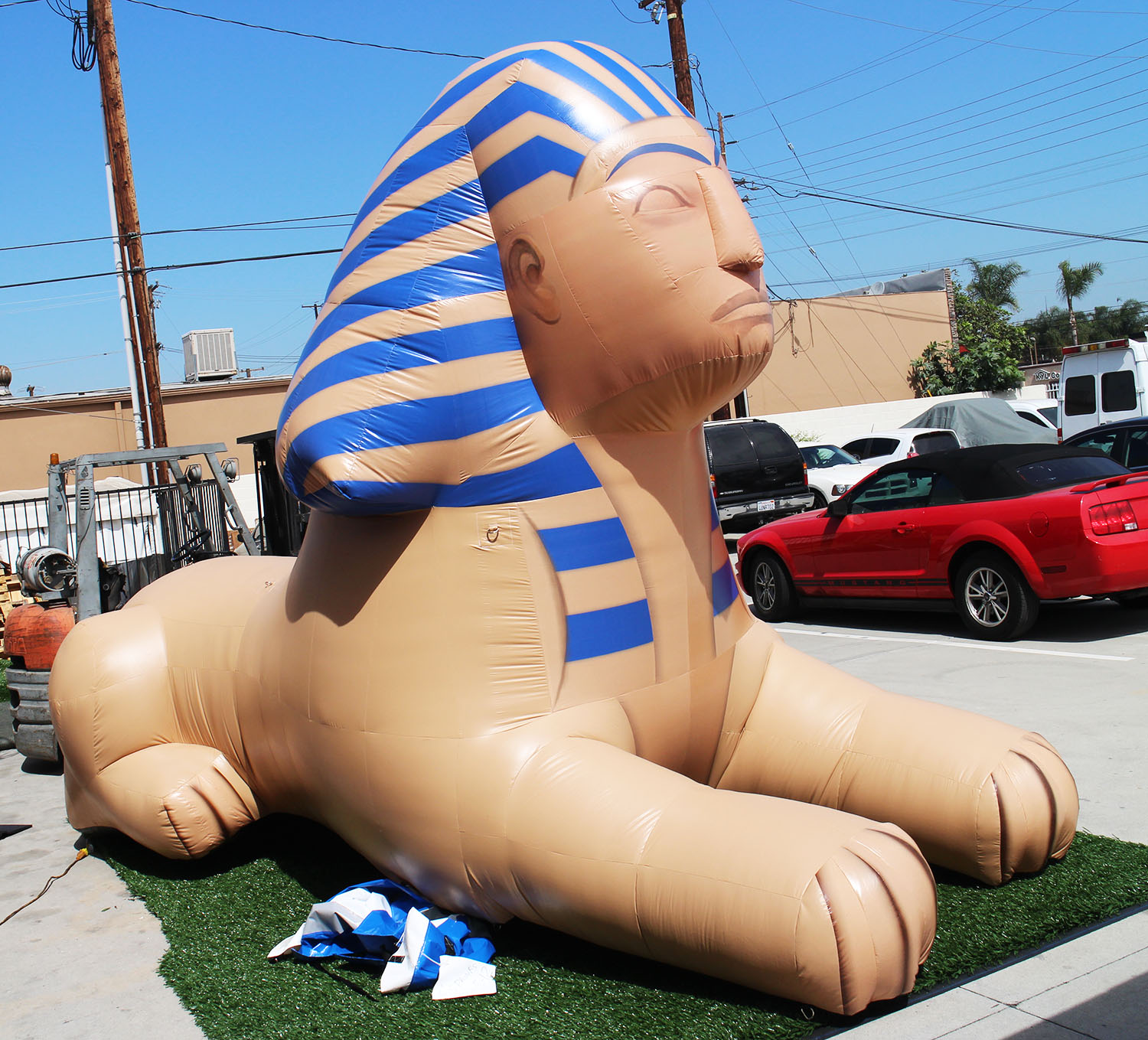 inflatable-sphinx-replica-angle