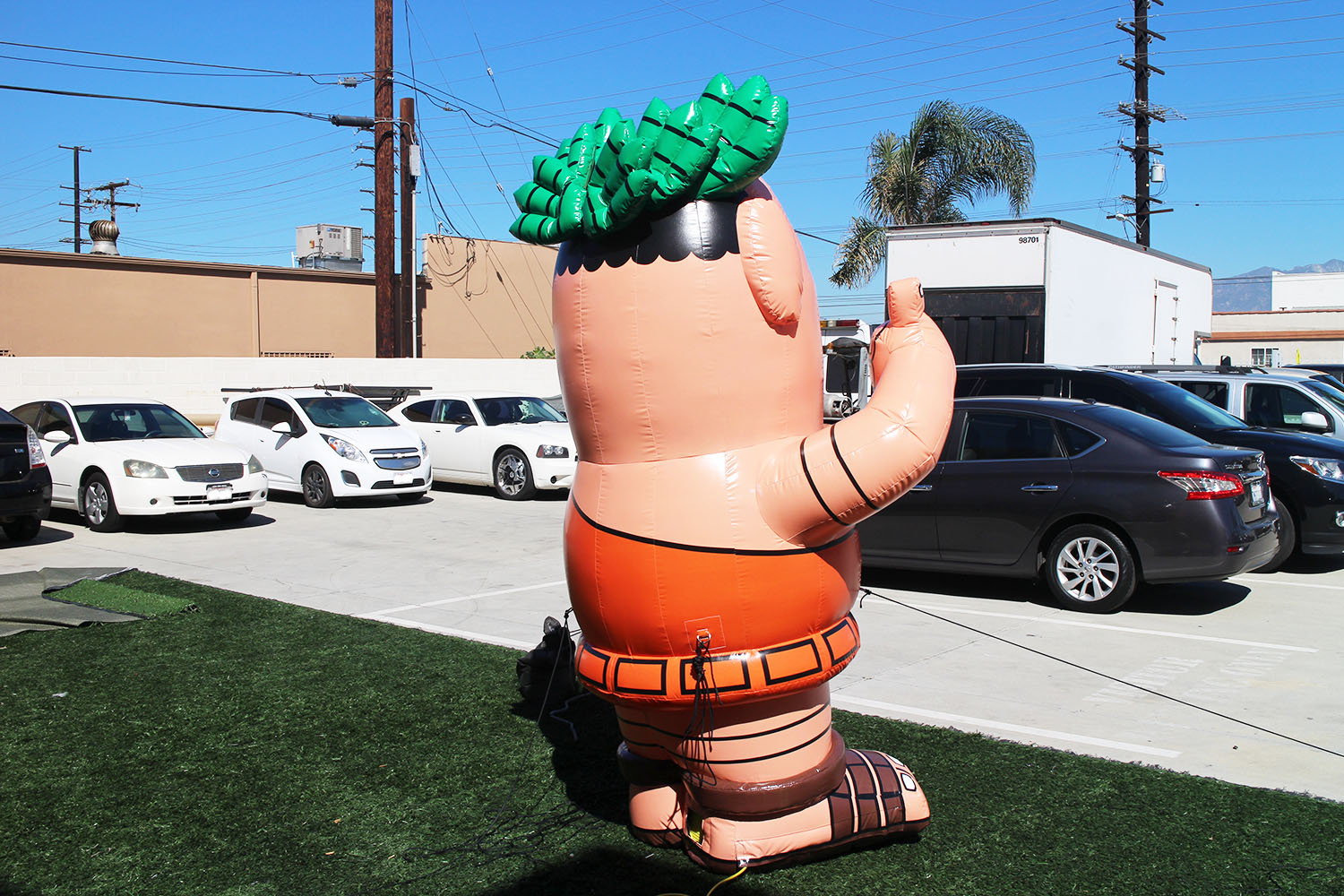 little-caesars-inflatable-mascot-rear