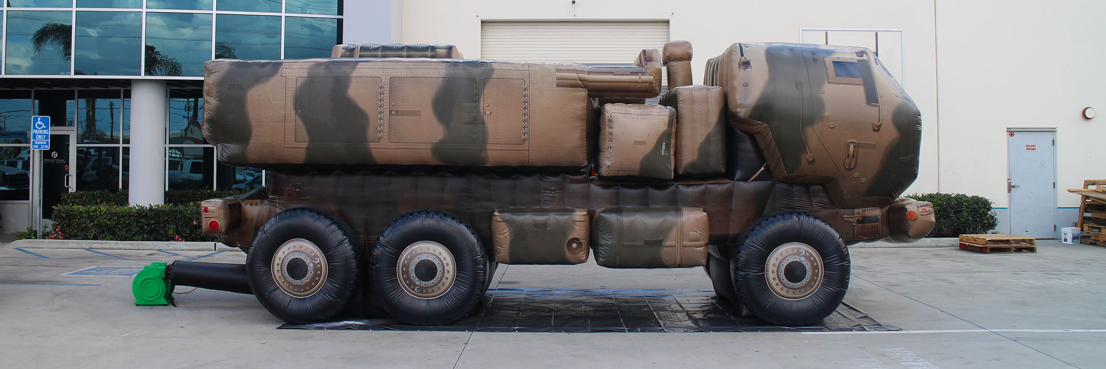 military-truck-replica-inflatable
