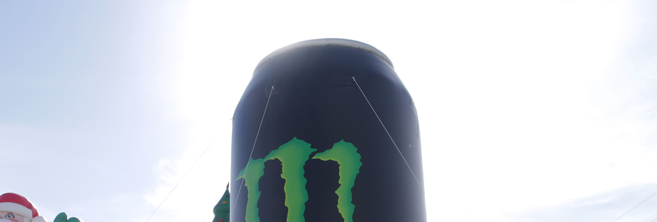 monster-energy-can-inflatable