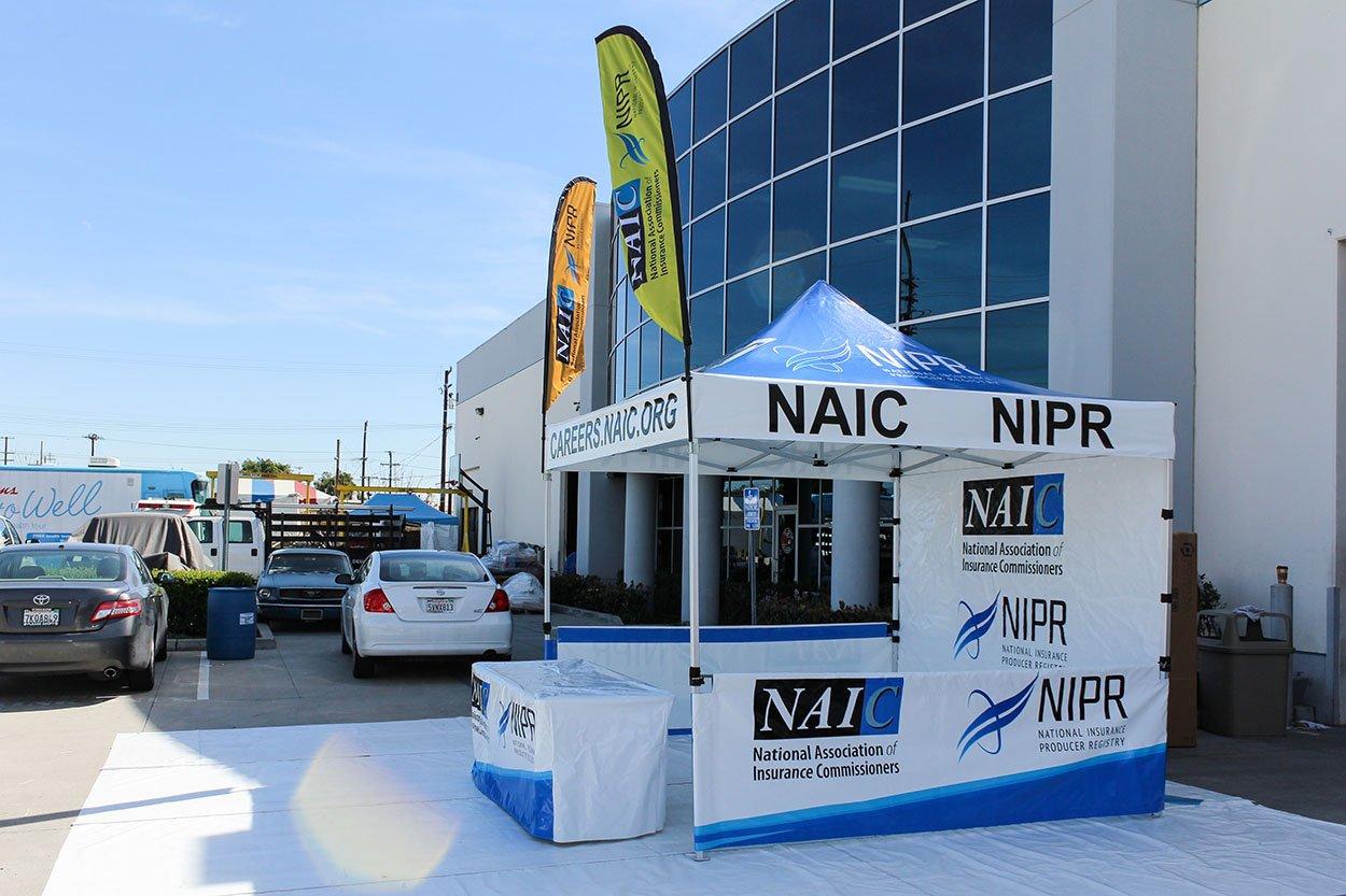 NAIC-pop-up-tent