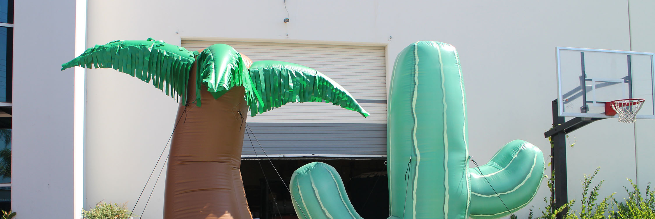 palm-cactus-replica-inflatables