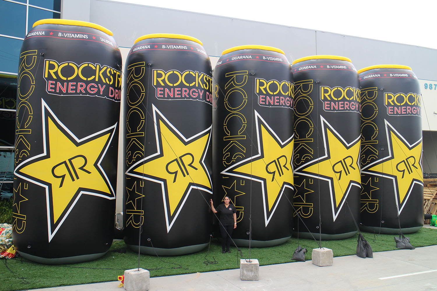 20-foot-energy-drink-inflatable