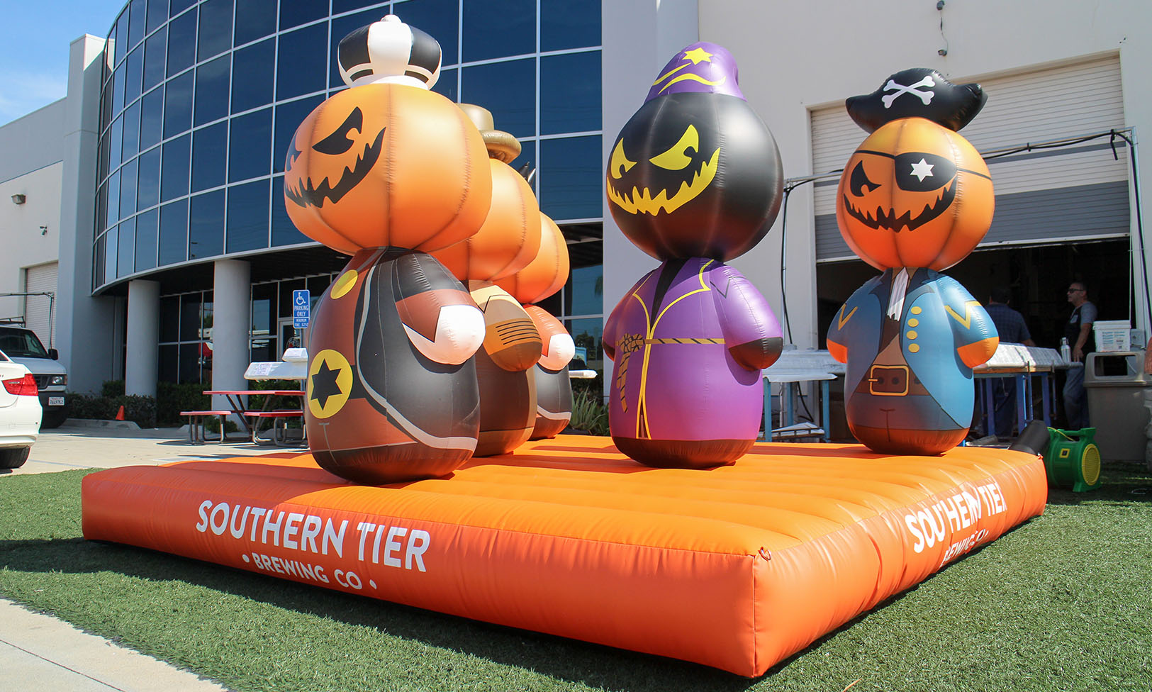 custom-halloween-inflatable