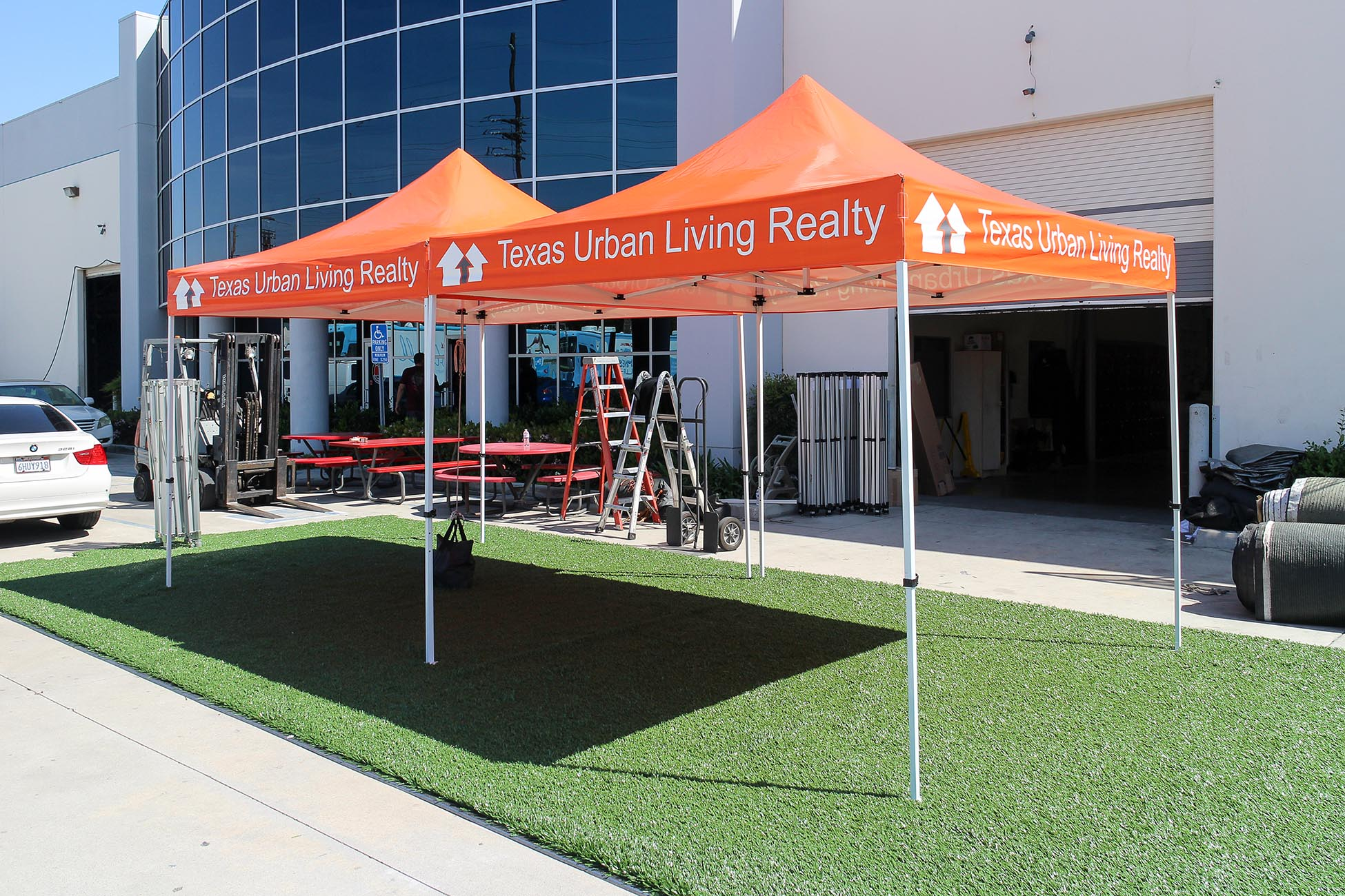 texas-urban-living-realty-bronze-canopies