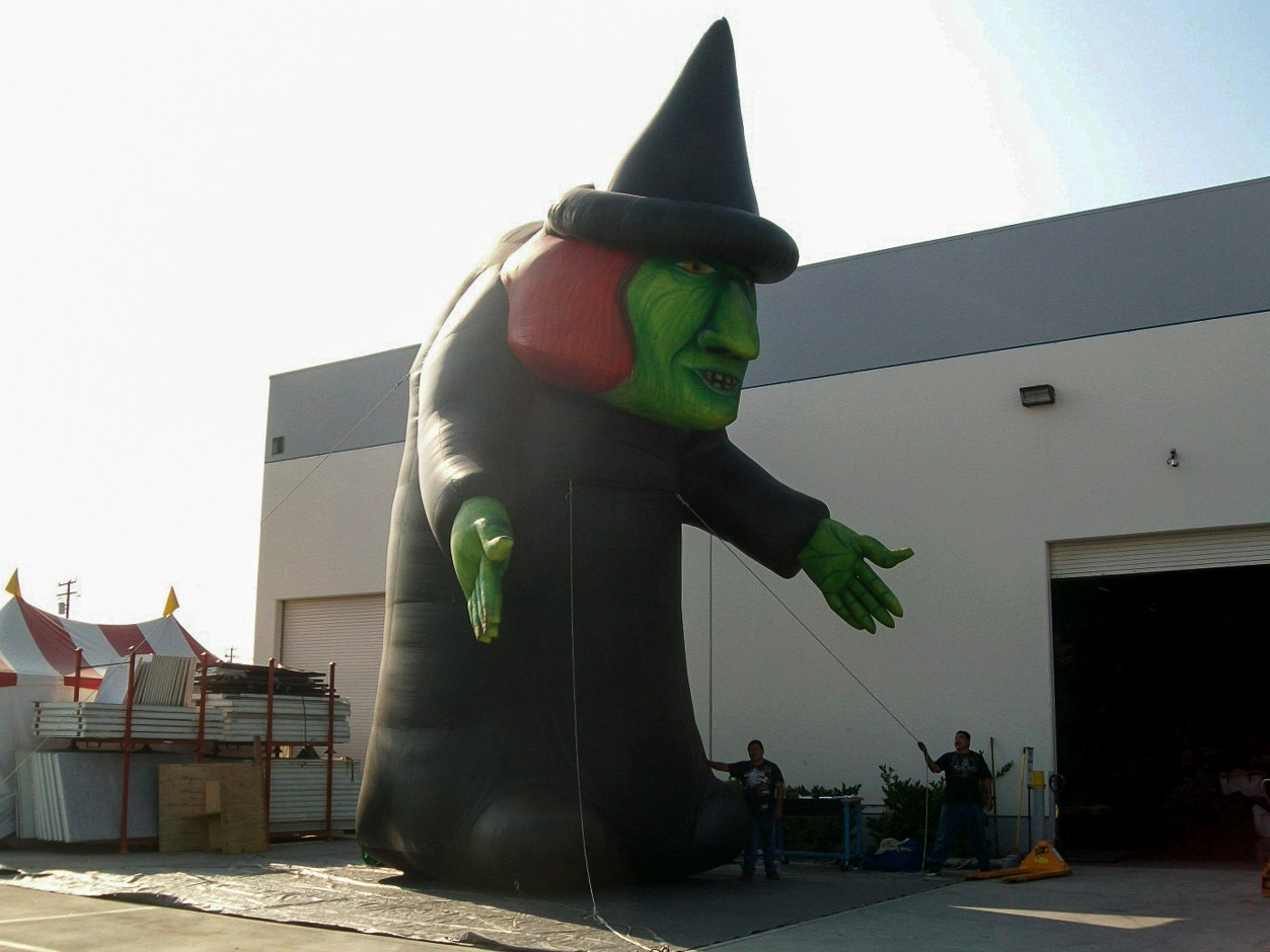 large-green-witch-hunchback