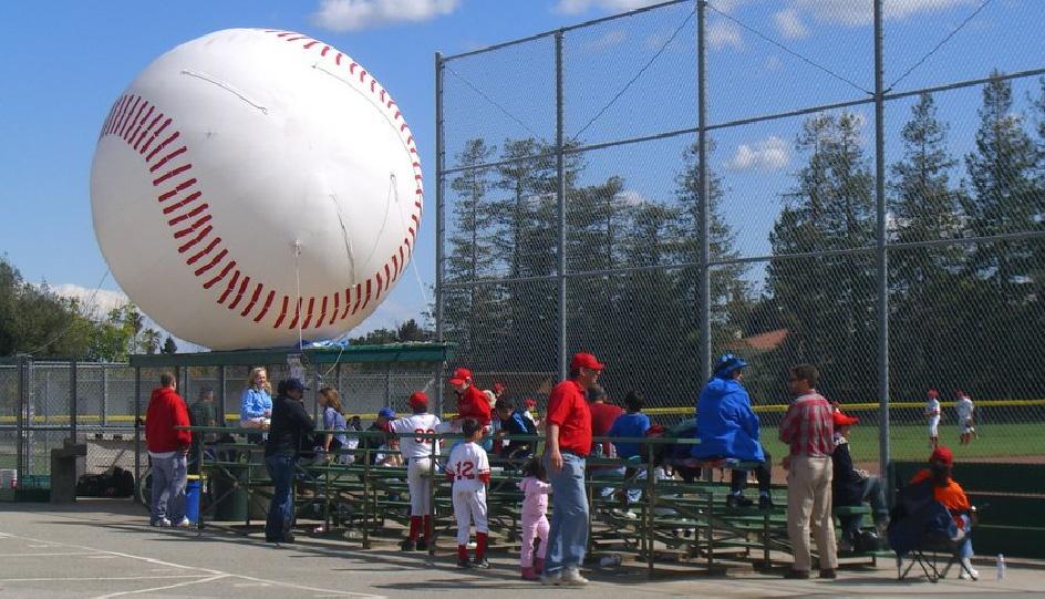 inflatable-baseball-01.jpg