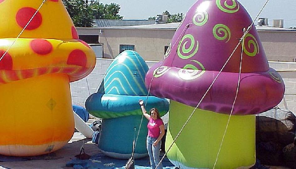 inflatable-mushroom-wonderland-01.jpg