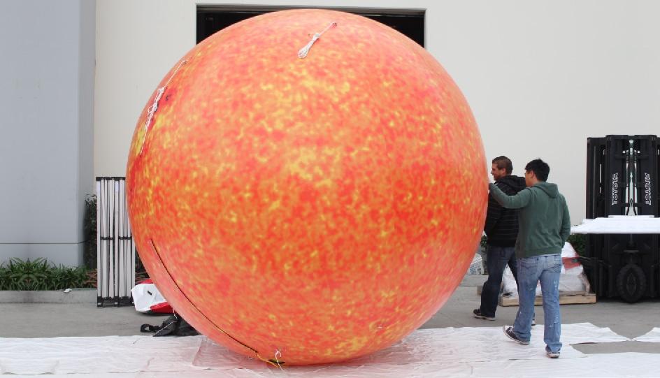 inflatable-sun-planet-01.jpg