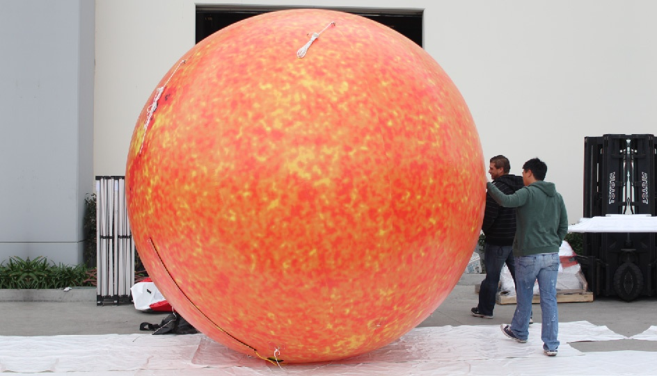 inflatable-sun-planet-01.jpg