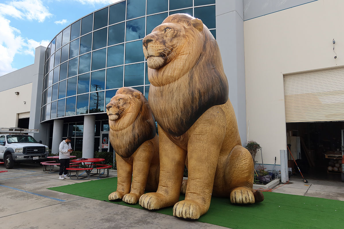 east-african-lion-inflatable
