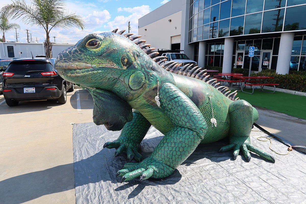 green-iguana-replica